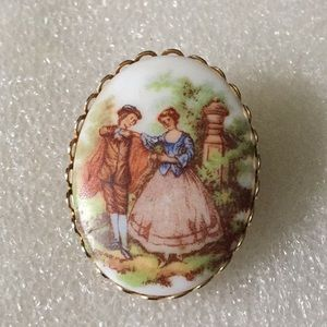 Porcelain lover brooch cameo